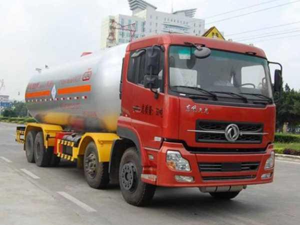 程力威牌CLW9402GYQD型液化气体运输车